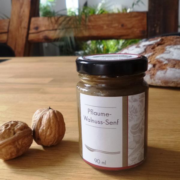 Pflaume-Walnuss-Senf von essArt